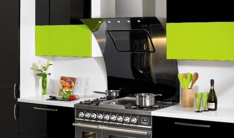 Угольная вытяжка для кухни