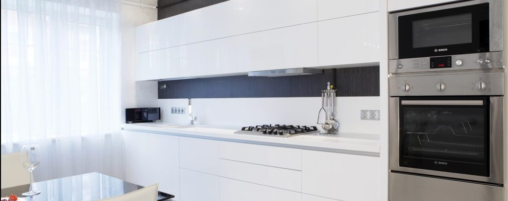 Расположение розетки для вытяжки на кухне